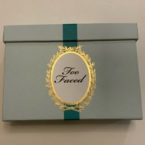 Too Faced Limited Edition Christmas Gift Set